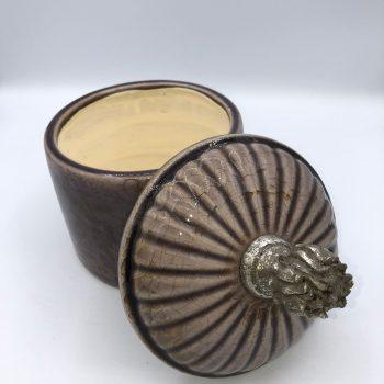 Recipiente de ceramica marron 2
